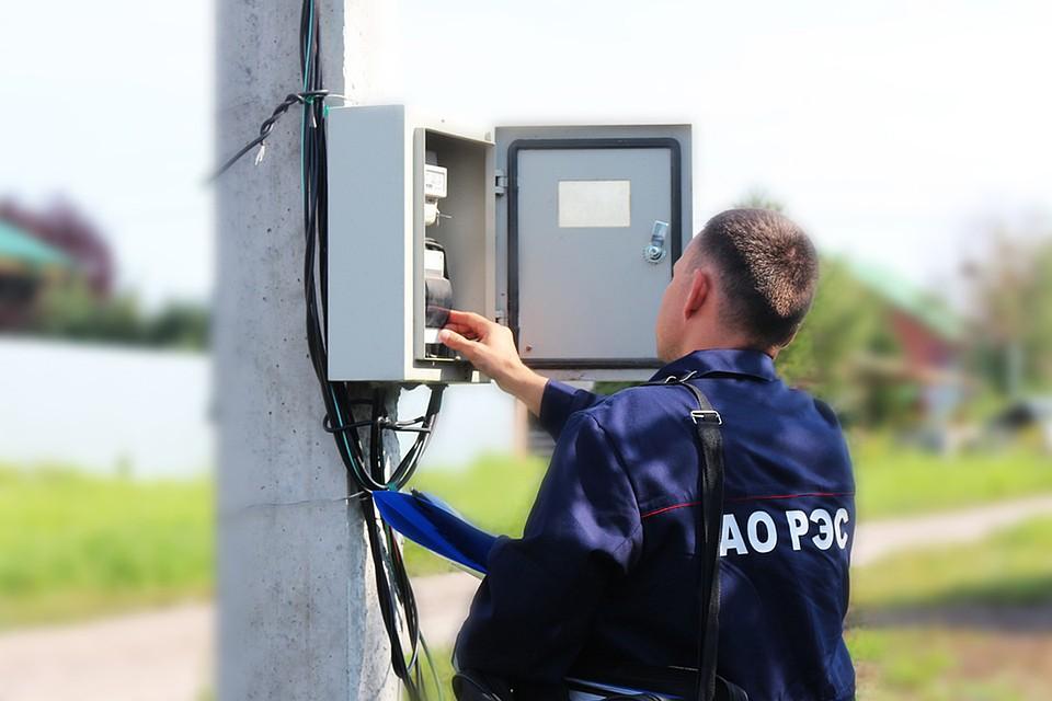 Нужно ли подсоединять ноль к счётчику учёта электроэнергии марки со-эа10д?