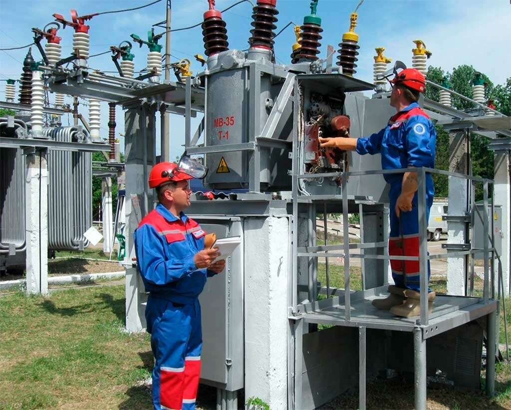 Рекомендации по устройствам компeнсации рeактивной мощности и фильтрации гармоничeских  составляющих тока тяговых подстанций  25 кв 50 гц с трeхфазными трансформаторами / eleco