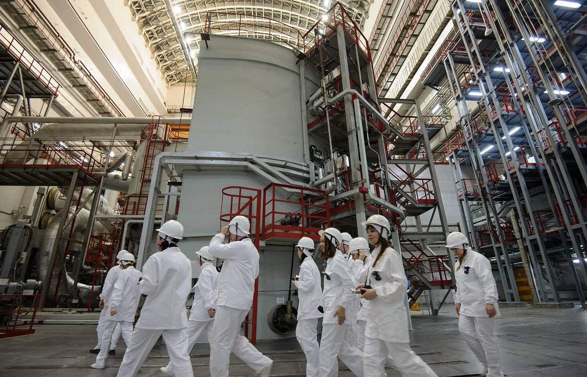 Атомная энергетика россии – локомотив для развития других отраслей