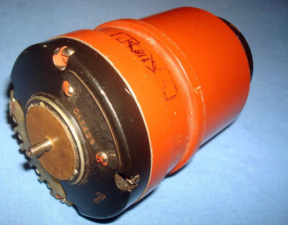 Синусно-косинусный вращающийся трансформатор