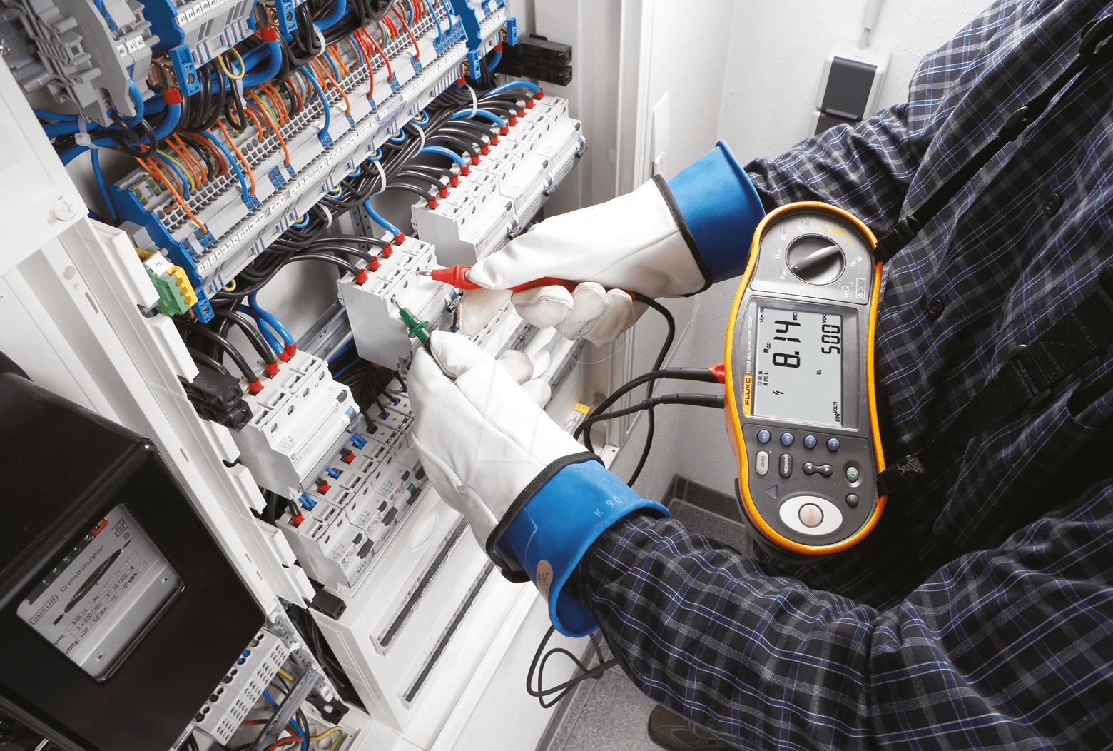 Сопротивление изоляции электрооборудования и электрических сетей