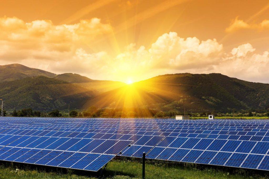 Как электроэнергия поступает с генераторов электростанций в энергосистему