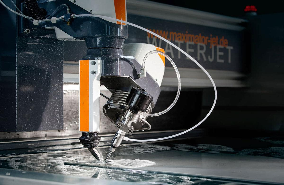 Ультразвуковое обрезающее устройство и способ ультразвуковой   резки - патент рф 2404047 - танака норио (jp)
