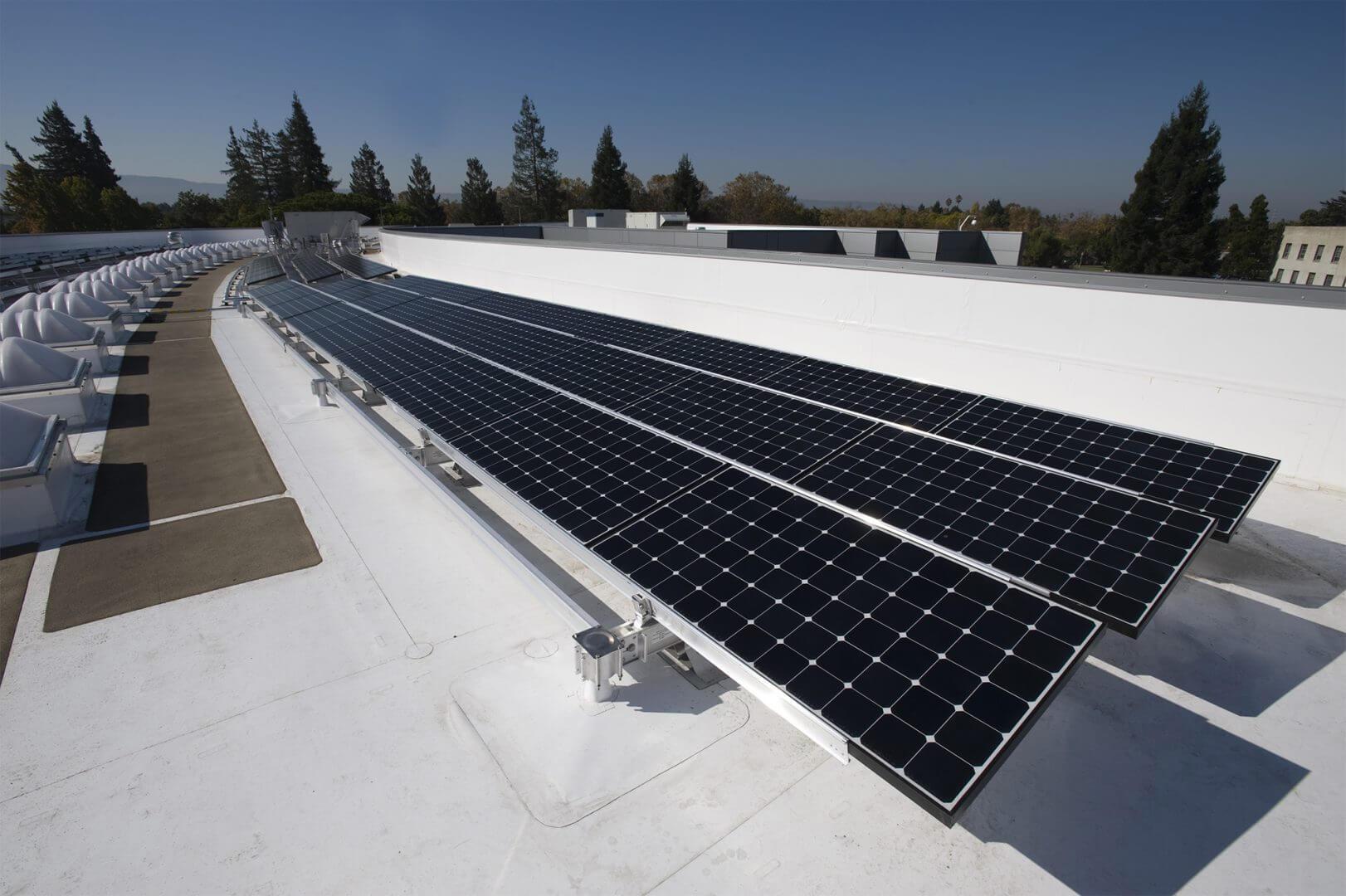 Тонкопленочная технология отвоевывает позиции на рынке солнечной энергетики