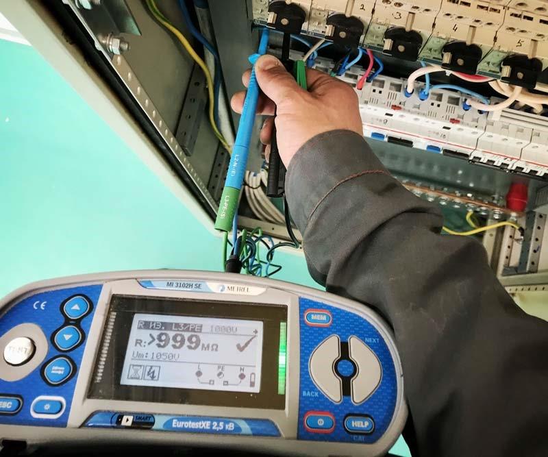 Когда проводится проверка кабельных линий лабораторией?